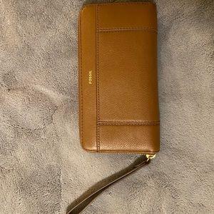 Fossil wallet/wristlet